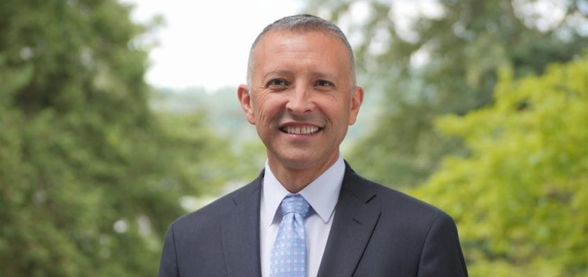 Dr. Ivan Duran