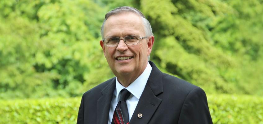 Dr. Tim Mills